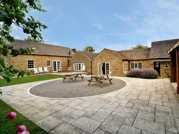 LuxuryHeritageTours_Cottage